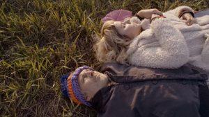 Kadr z filmu Między nami
